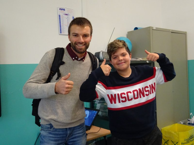 Alunno-con-felpa-Wisconsin_resized
